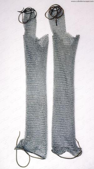 Calze in maglia di ferro